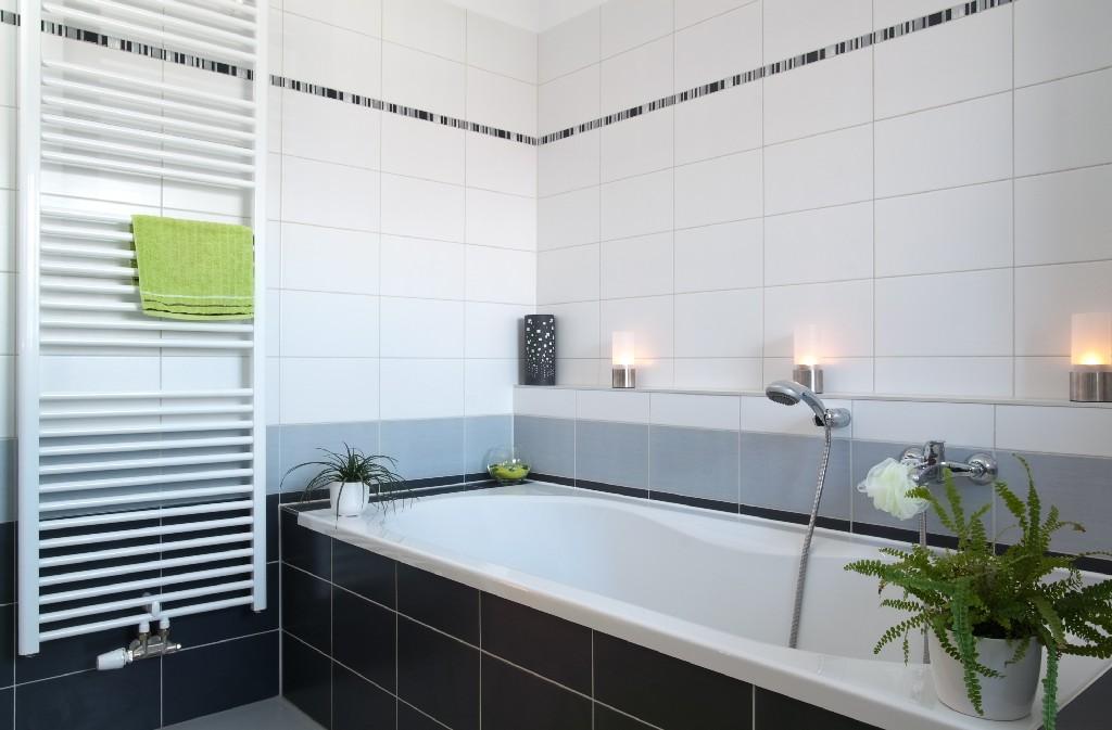 Tout ce qu'il faut savoir sur la pose de carrelage de salle de bain à Paris 15e   Aux Bâtisseurs Parisiens