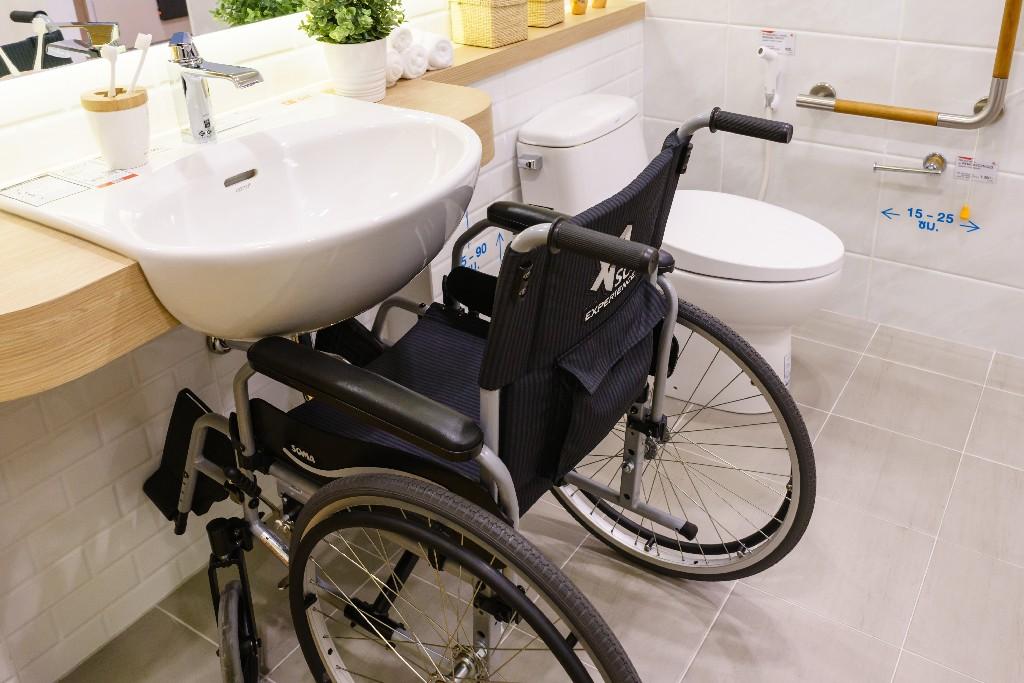 Les équipements pour l'aménagement de salle de bain pour sénior aux alentours de Paris 15ème | Aux Bâtisseurs Parisiens
