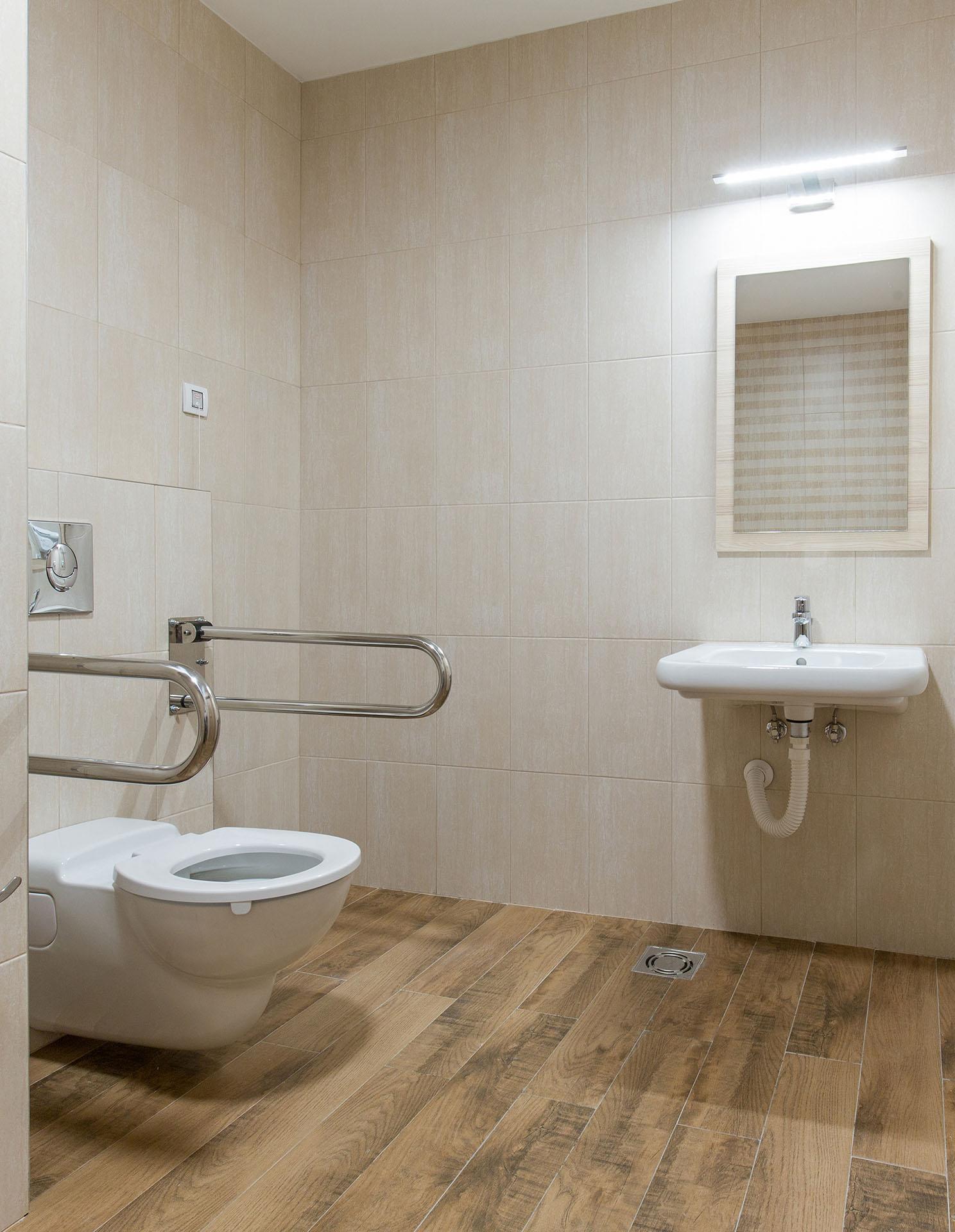 travaux pour vos salle de bain PMR près de Paris 15e | Aux Bâtisseurs Parisiens